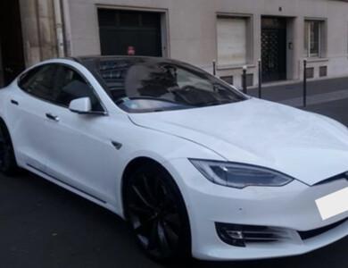 Tesla Model S 90d à Meudon (Hauts-de-Seine)