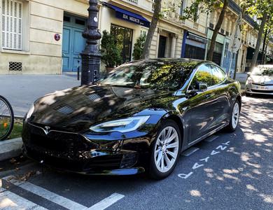 Tesla Model S Facelift 60 à Paris (19ème arr.)