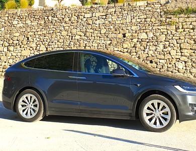 Tesla Model X 90d 7 Places à Meyreuil