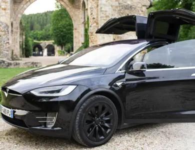 Tesla Model X à Saint-Tropez (Var)