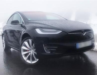 Tesla Model X P100d à Chartres (Eure-et-Loir)