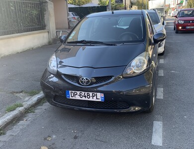 Toyota Aygo à Le Blanc-Mesnil (Seine-Saint-Denis)