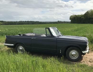 Triumph Herald Cabriolet à Chennebrun (Eure)