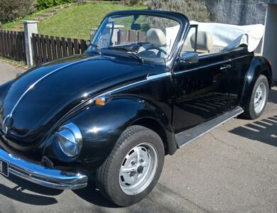 Volkswagen (vw) Coccinelle Cabriolet à Saulxures-lès-Nancy (Meurthe-et-Moselle)