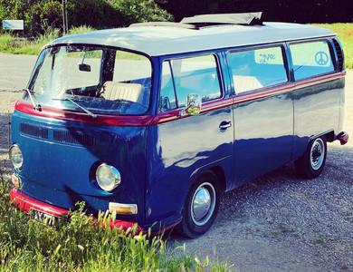 Volkswagen (vw) Combi B2 à Jonquières (Vaucluse)