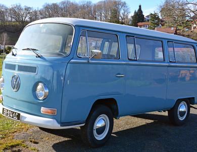 Volkswagen (vw) Combi à Bassussarry (Pyrénées-Atlantiques)