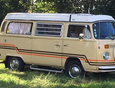 Volkswagen (vw) Combi T2 Westfalia à Montreuil-sur-Epte (Val-d'Oise)