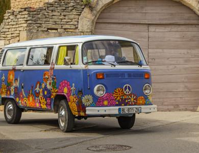 Volkswagen (vw) Combi Van T2 à L'Isle-sur-la-Sorgue (Vaucluse)