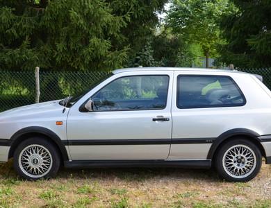 Volkswagen (vw) Golf 3 Gti. - 3 Portes à Paris (12ème arr.)