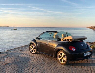 Volkswagen (vw) New Beetle Cabriolet Carat Essence à Saint-Gènes-de-Blaye (Gironde)